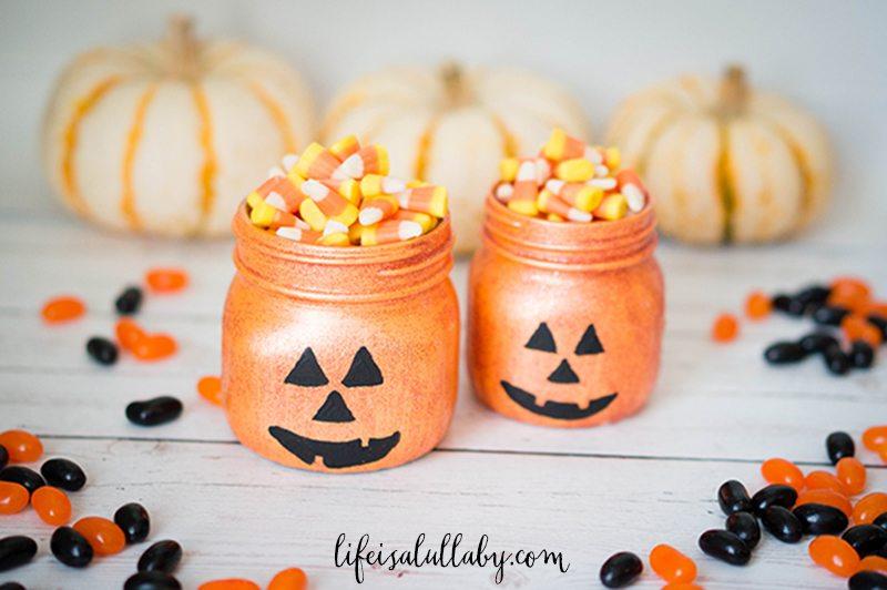 Glittery Halloween Pumpkin Jars