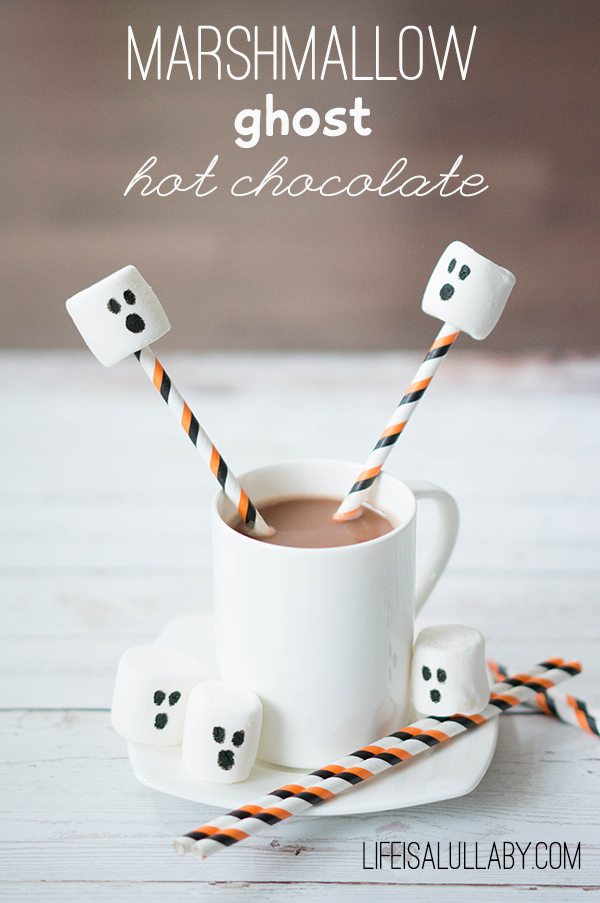 Marshmallow Ghost Hot Chocolate for Halloween
