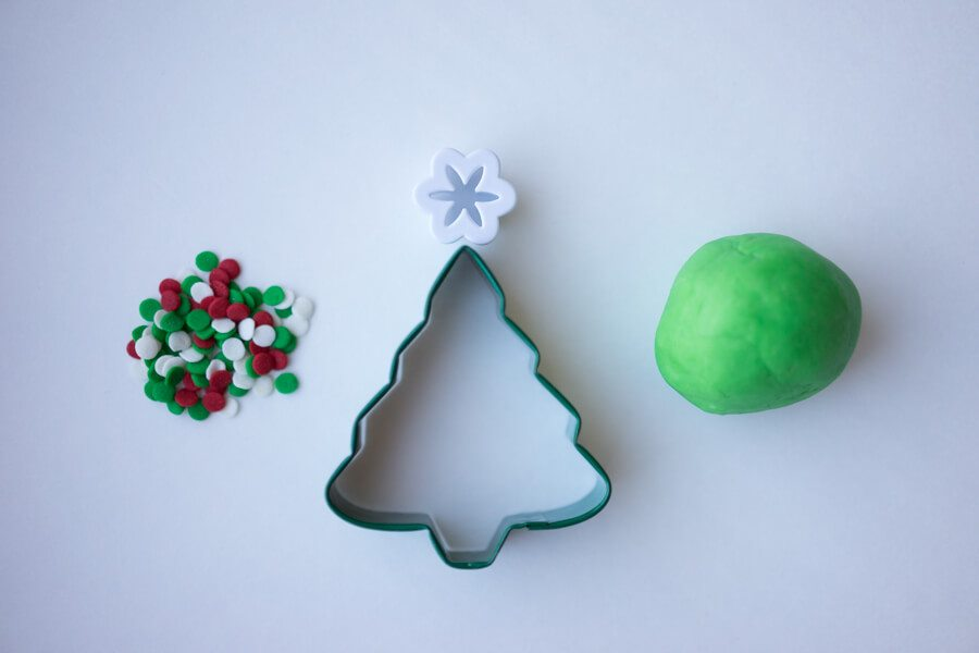 playdough-christmas-tree-supplies