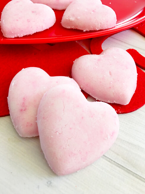 DIY Heart Bath Bombs